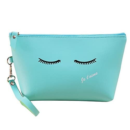 Je t'aime Eyelashes Cosmetic Pouch. Backpack essentials