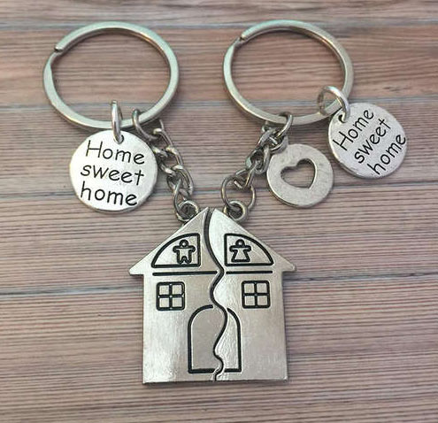 matching-cute-keychains-for-the-couples Home Sweet Home