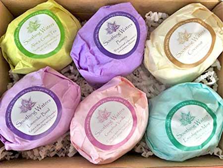 Organic Bath Bombs Gift Set | baby-shower-hostess-gift-ideas