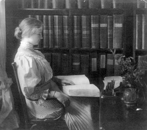 Keller, 1907 | Helen Keller Biography
